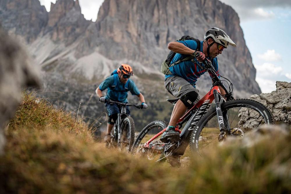 De 7 beste mountain bike routes over de hele wêreld